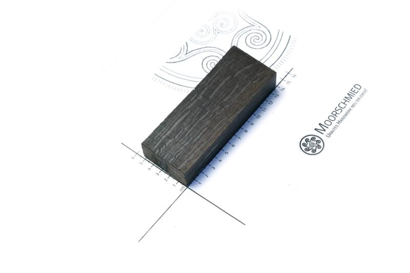 mooreiche-bogoak-stabilisiert-moorschmied-griff-messer-damast-handgeschmiedet